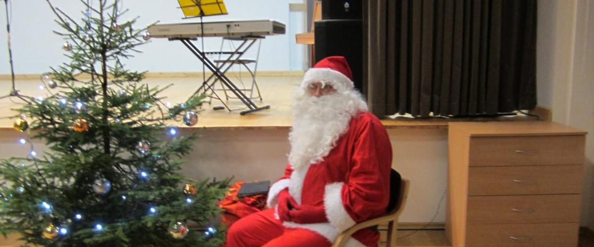 Žaslių miestelio eglutės įžiebimas. Susitikimas su Kalėdų seneliu
